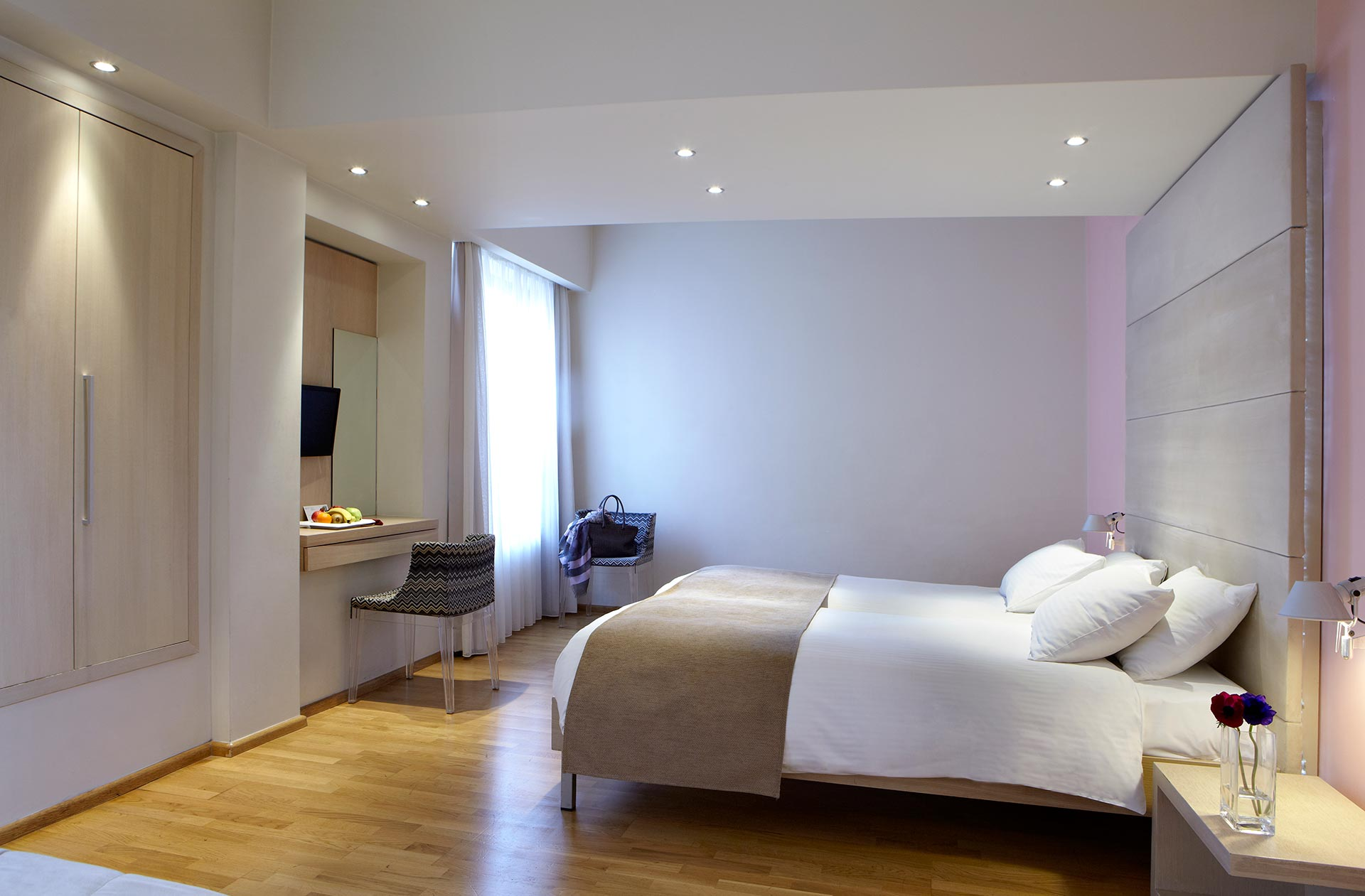 Rooms_for_the_Disabled_Amea_Decreased_Mobility_Hotel_Olympia_Thessaloniki_Center_3725_Family